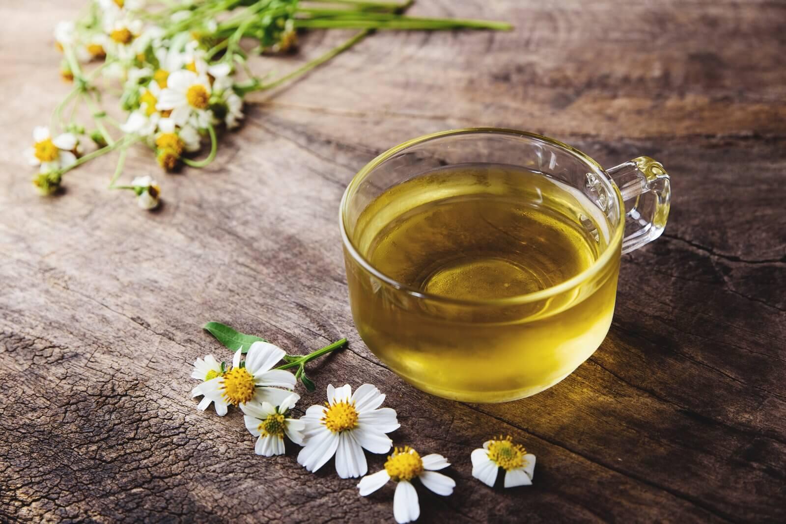 कैमोमाइल चाय आपके घट्टों के सबसे बड़े दुश्मनों में से एक होती है