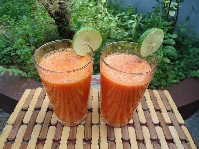 त्वचा के स्वास्थ्य के लिये गाजर का जूस