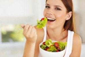 डाइटिंग के बिना वजन घटाने के लिए ज्यादा बार खाइए