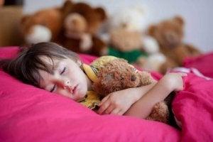 बच्चों में असंयतमूत्रता (Childhood Enuresis) : लक्षण