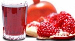 हाइपरटेंशन का इलाज : अनार (Pomegranate)