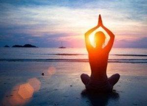 किसी भी वक्त योग अभ्यास करें