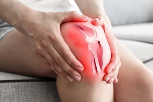 ऑस्टियोआर्थराइटिस से क्यों होता है घुटने में दर्द?
