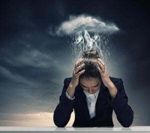 माइग्रेन (Migraine) क्या है?