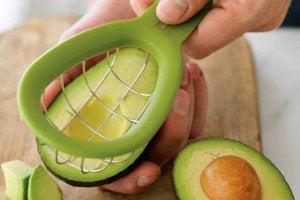 आर्टरीज को अनब्लॉक करे एवोकैडो (Avocados)
