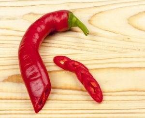डिटॉक्स करने के लिए स्पाइस टी : लाल मिर्च Cayenne pepper