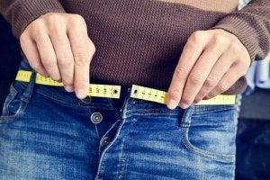 उम्र बढ़ने के साथ वजन के अलावा कई बदलाव होते हैं
