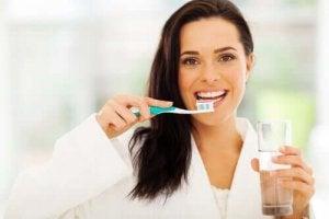 दांतों की क्षय : डेंटल कैविटी?