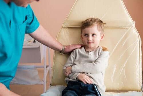बच्चों में नेफ्रोटिक सिंड्रोम: कारण और इलाज