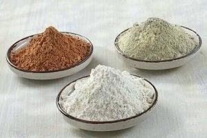 सैंडल की बदबू : सफेद मिट्टी और एसेंशियल ऑयल