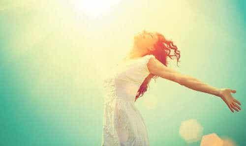 खुश रहना कोई यूटोपिया नहीं है: खुशी पर कुछ विचार