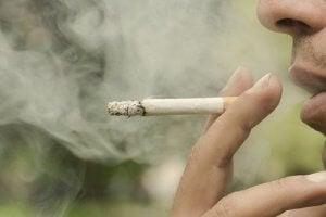 तम्बाकू से जुड़े सबसे खतरनाक मिथक
