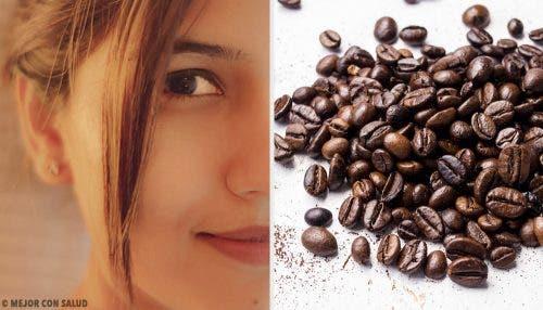 फ़र्म स्किन के लिए कॉफ़ी से बने 5 फेस मास्क