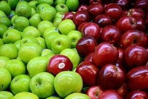 सेब और कोलन
