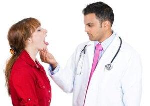 जीभ के कैंसर के शुरुआती लक्षण