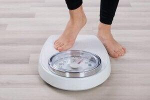 पिस्ता वजन रोकने में आपकी मदद करता है