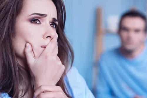 क्या करें अगर आप एक तकलीफ़देह रिश्ते में हैं