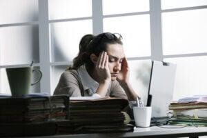 स्ट्रेस हेडेक का कारण क्या होता है?