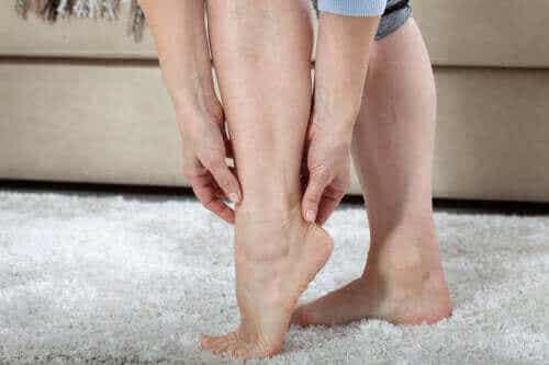 पैरों में भारीपन क्यों होता है?