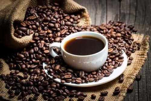 कैफीन के बारे में साइंस क्या कहता है