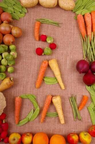 क्या आपको एक दिन में पांच बार खाना खाना चाहिए?