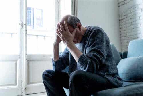 सीखी गयी असहायताबोध की मनोग्रंथि क्या है और क्या इसका इलाज संभव है?