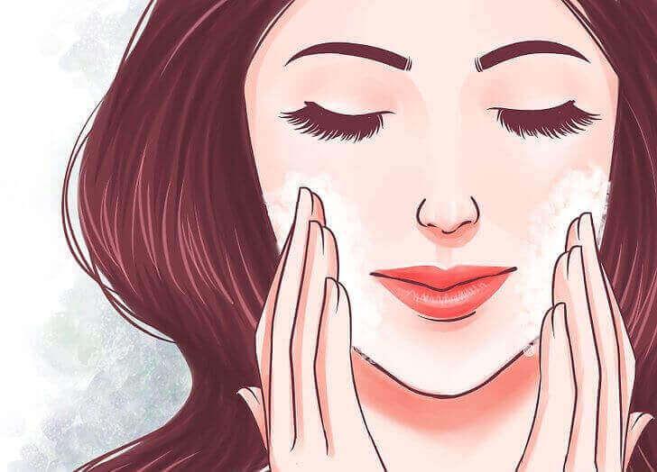 चिकनी और स्वस्थ त्वचा के लिए 5 सुझाव